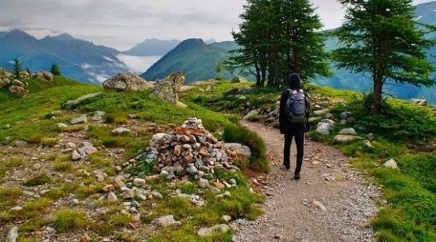 persona soledad paisaje